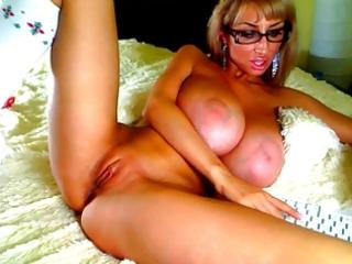 large love bubbles on webcam 1011 - venera-