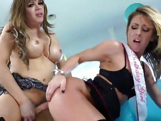 sheena shaw wishes t-girl for her birthday