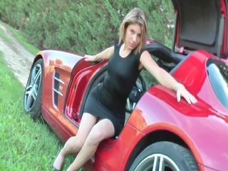 hawt voyeur upskirt no pants in mercedes sls