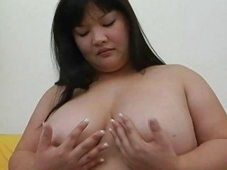 large oriental momma with big love bubbles plays