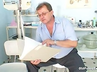 older plump radka gyno snatch speculum exam