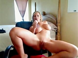 barefoot large tit mother i floozy livecam wench