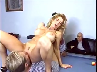 blond with big bra buddies acquires her fur pie