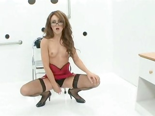 lovely jessica shows off her gloryhole skills