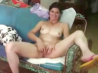 exhibition of aged wife for all internet viewers