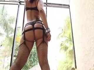 maliah michel: jamaica booty clap & tricks