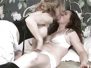 breasty brunette hair lesbo having sexy lesbo sex