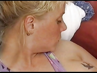 blond salope anal inserts by troc