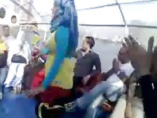 arab hijabi wench dancing 64