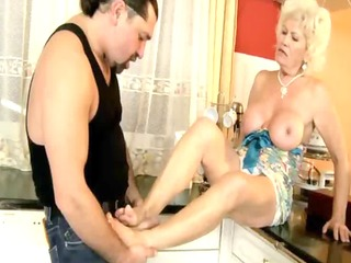 old older gilf fond of footjobs