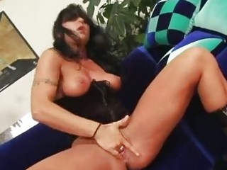 basqued honey ariana jollee has her constricted