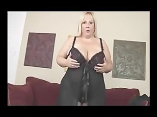 golden-haired big beautiful woman d like to fuck