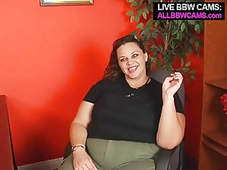 oral pleasure from a chunky big beautiful woman