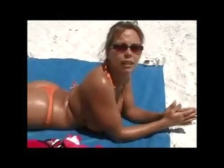 picking up a cougar at the beach