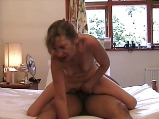 hawt older lady on top - fur pie and anal
