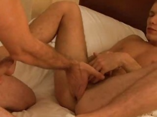 fellow fingering his paramours arsehole in