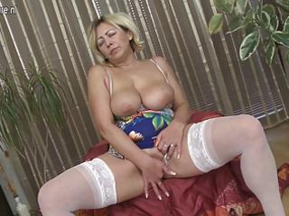 older floozy mama masturbate alone
