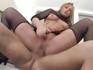 flower tucci - precious tucci valuable squirt