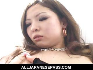 concupiscent cougar naami hasegawa in fishnets