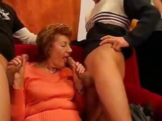 lewd gilf double teamed & creamed