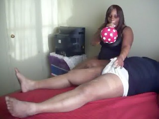 hot big beautiful woman balloon cook jerking