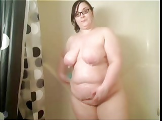 pawg big beautiful woman showers on cam. soaked