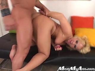 giant pounder bonks enjoyable golden-haired booty
