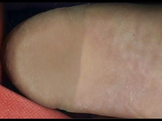 scanner my nylon feet!!!!