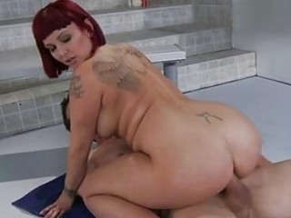 scorching doxy carrie ann opens her throat and