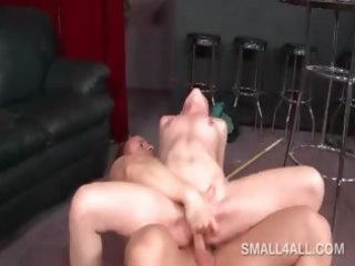hawt doxy filling her fuck aperture with rod and