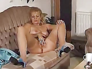 lady shows all 34 ( sweet bea dumas in several