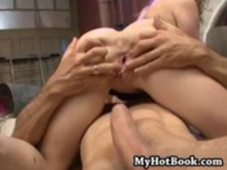 maya hills serves up a hawt xxx scene in this one