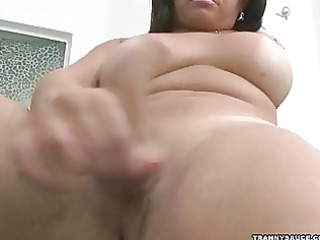 bulky t-girl in the spa playing with her ramrod