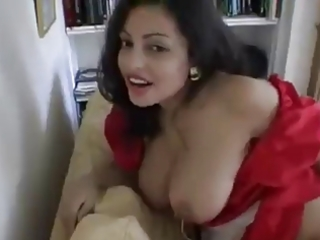 Indian Hot Housewife Changing Clothes!!